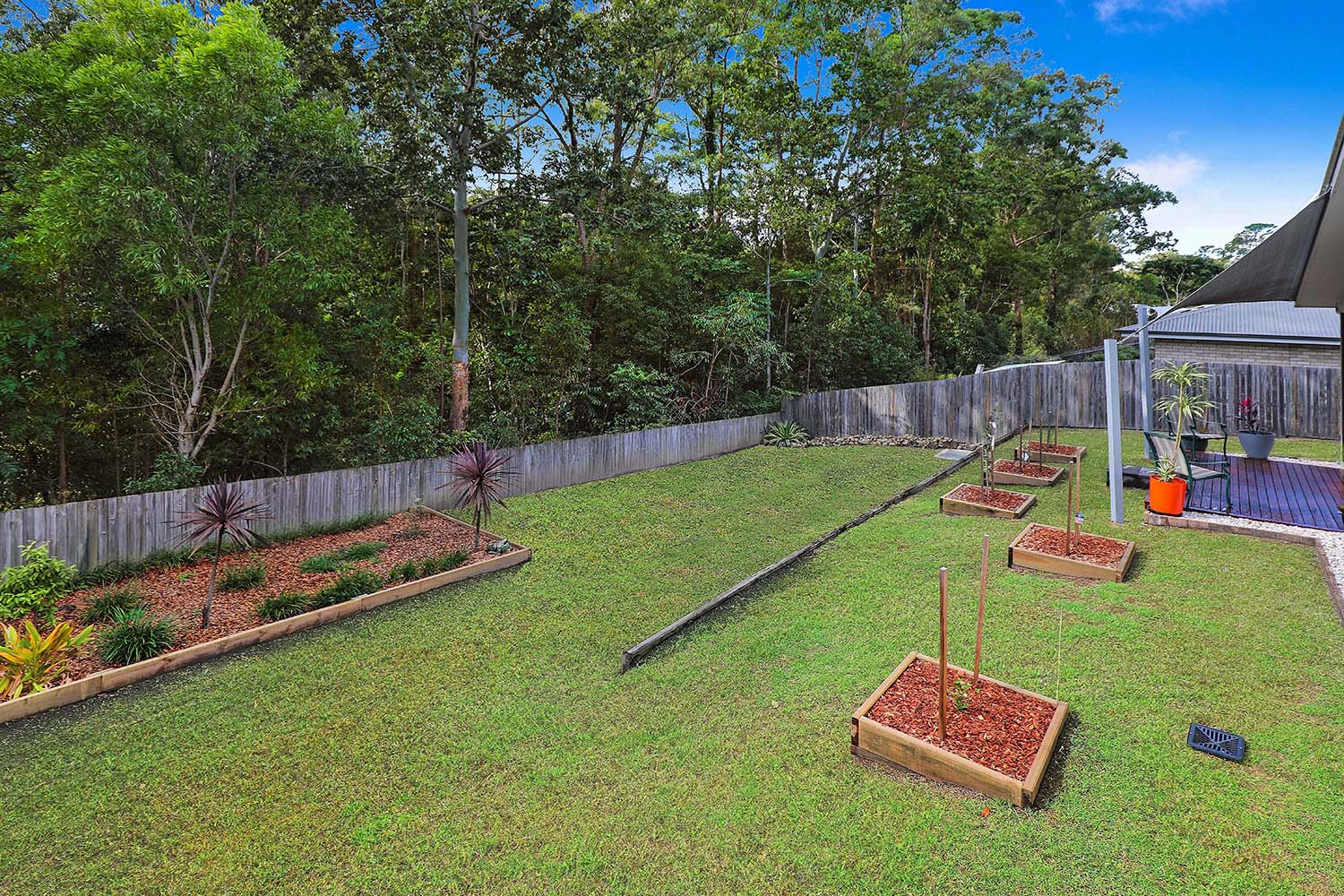 17 Elouera Close, Landsborough