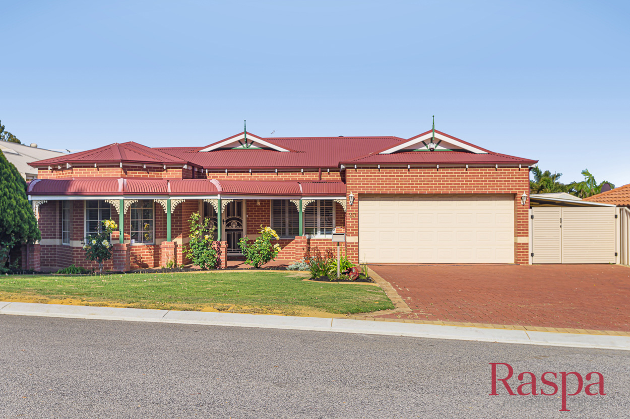 20 Blueridge Crest, Bibra Lake